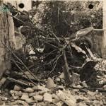 Restos de un coche tras bombardeo 1937 (cortesía matrimonio De La Prida-Noguer)