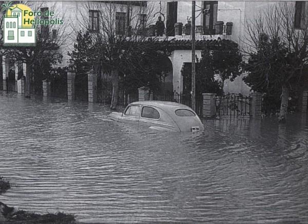 C/ Bolivia, esquina Ifni, inundación 1948