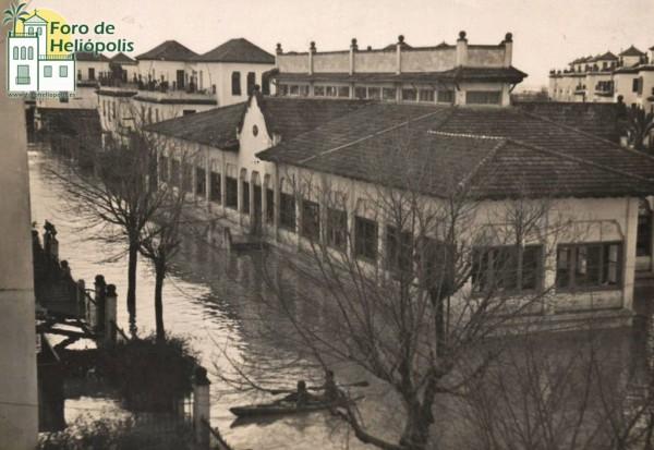 C/ Bolivia (Mercado), inundación 1948 (cortesía matrimonio De La Prida-Noguer)