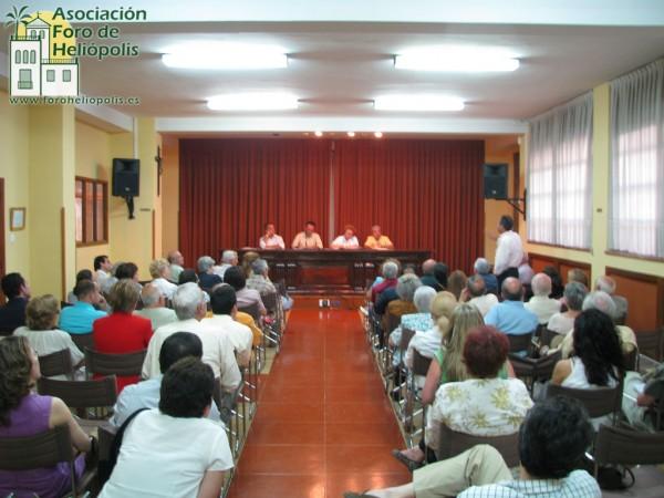Reunión reurbanización de Heliópolis